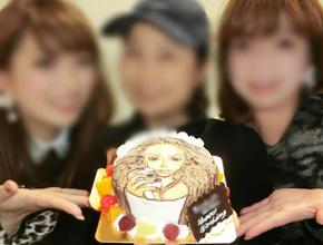 安室奈美恵さんイラストケーキ