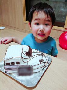 とても美味しかったです。(新幹線の立体ケーキ)(乗物立体ケーキ)