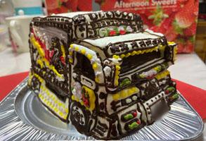 デコトラ立体ケーキ