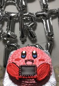 カービィの顔型立体ケーキ