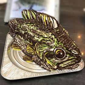 淡水魚、ブラックバスの立体ケーキ