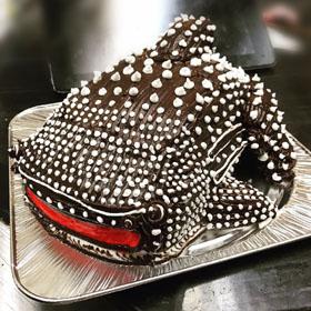 ジンベイザメ、サメの立体ケーキ