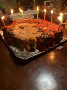 鬼滅の刃・炭治郎の顔型立体ケーキ