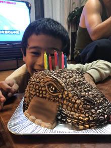コモドドラゴンの立体ケーキ