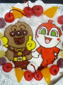 アンパンマンとドキンちゃんのケーキ