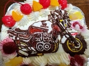 バイクのキャラクターケーキ,バイクのケーキ