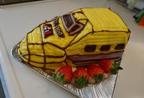 ドクターイエローの立体ケーキ
