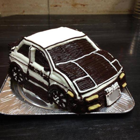 乗り物立体ケーキ 写真ギャラリー