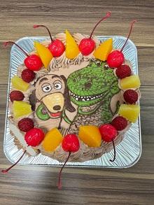 トイストーリーのキャラクターケーキ
